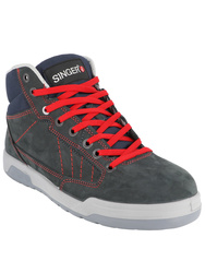 S3 SRC. High cut safety trainers. Nubuckleather